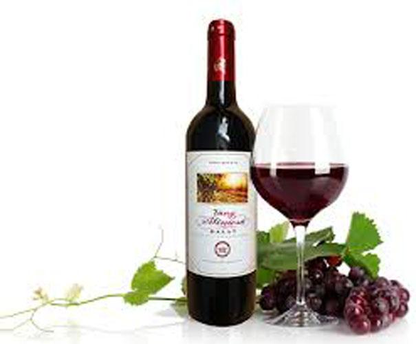 Rượu vang giúp làm đẹp da