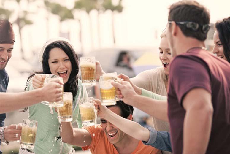 Hiện tại, Việt Nam đang đứng thứ 3 châu Á và thứ 11 thế giới về lượng tiêu thụ bia. Tuy nhiên, con số này còn được dự đoán sẽ tăng nữa vào thời gian tới.  So với thế giới thì người Việt Nam tiêu thụ bia và thuốc lá vào hạng đáng báo […]